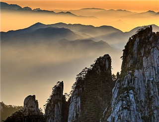 Scenic Hangzhou and Spectacular Huangshan Tour