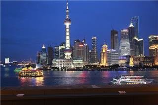 Evening Huangpu River Cruise and the Bund City Lights